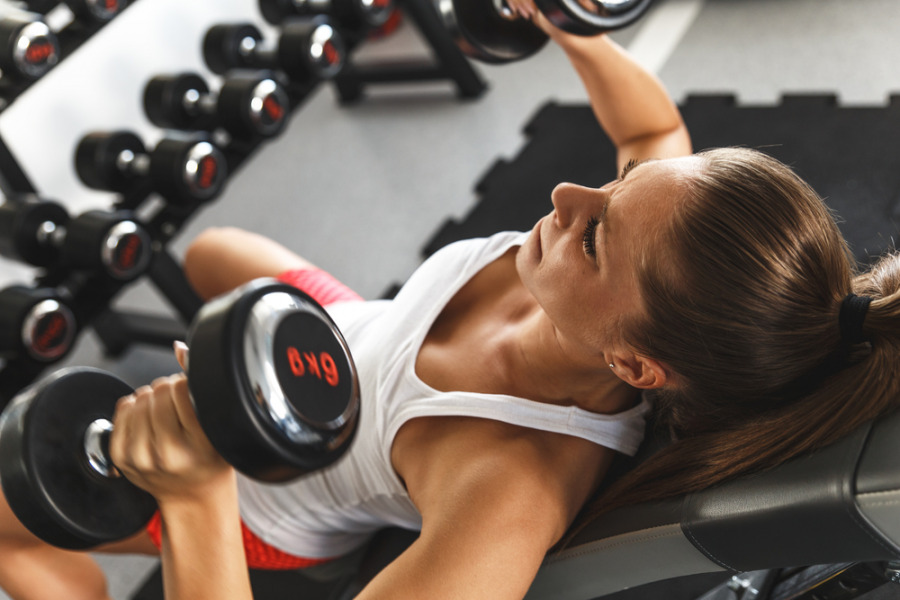 减脂增肌方法 - 进行重力训练