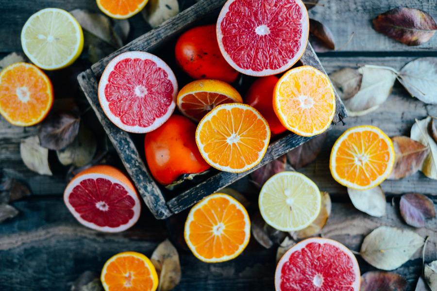 胶原蛋白补充食物 - 柑橘类水果