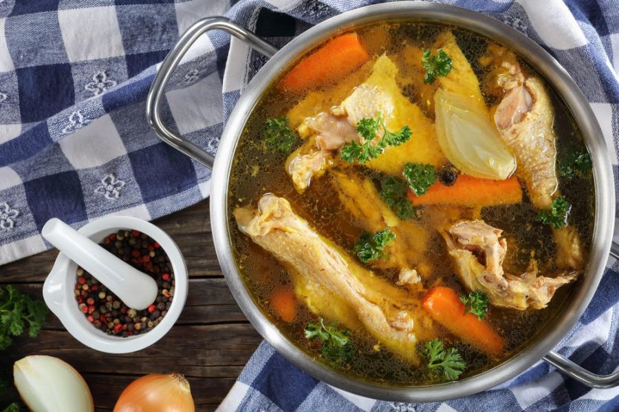 膠原蛋白食物 - 骨湯
