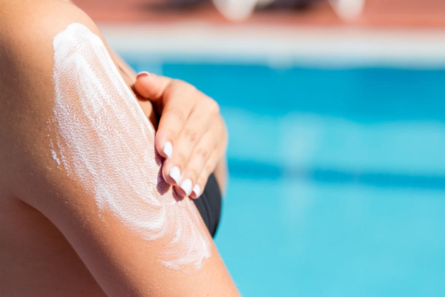 预防皮肤敏感 - 防晒