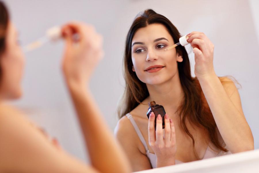 預防皮膚敏感 - 面部精華液養活皮膚