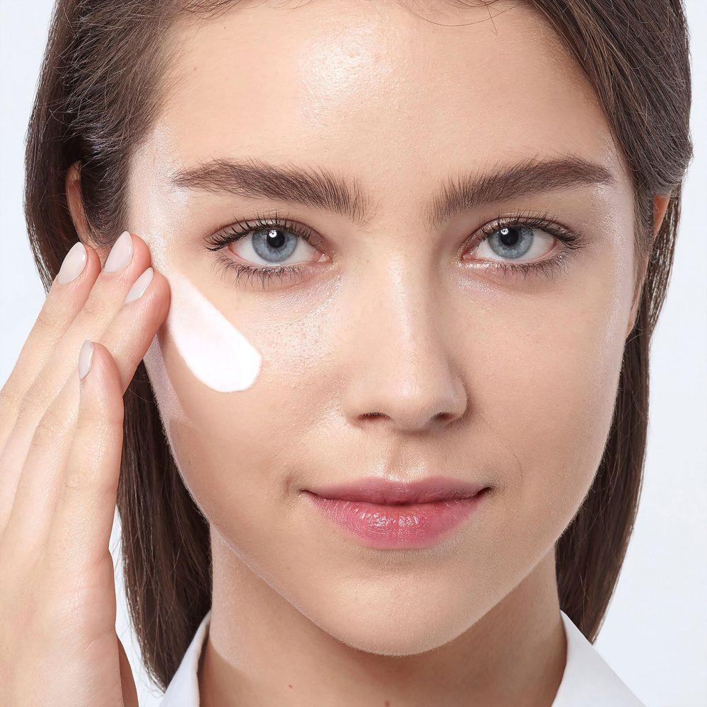 有效去黑眼圈方法-眼部防晒