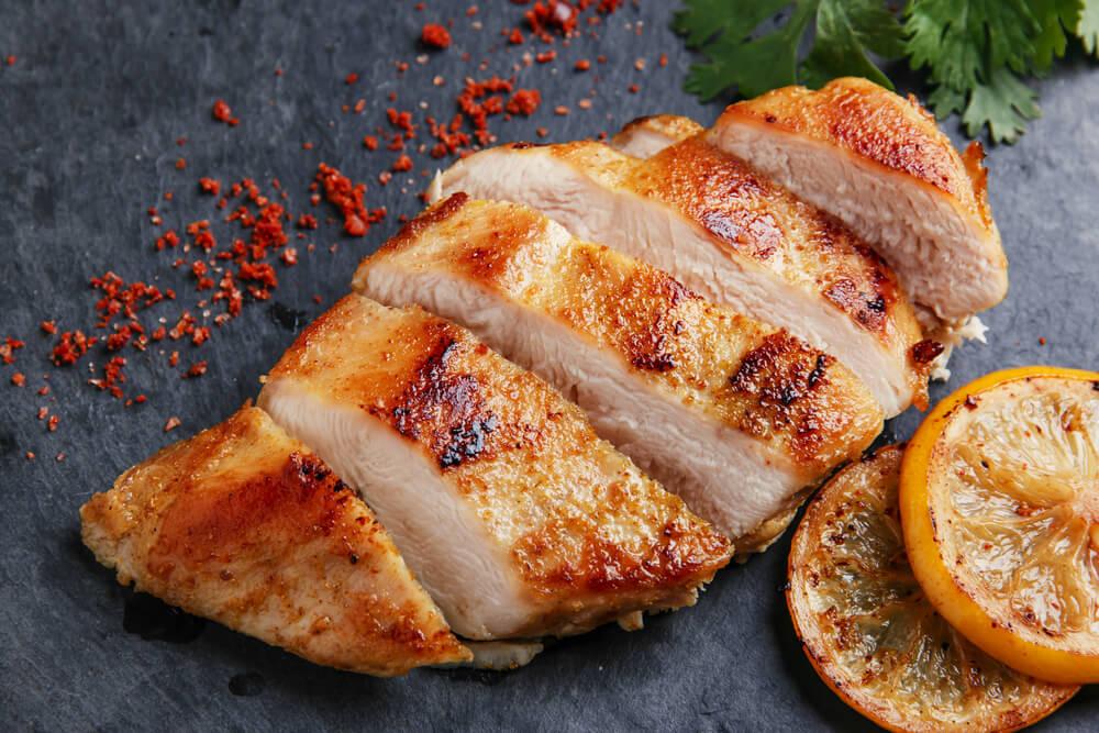 雞胸肉是簡單有效的美胸食物