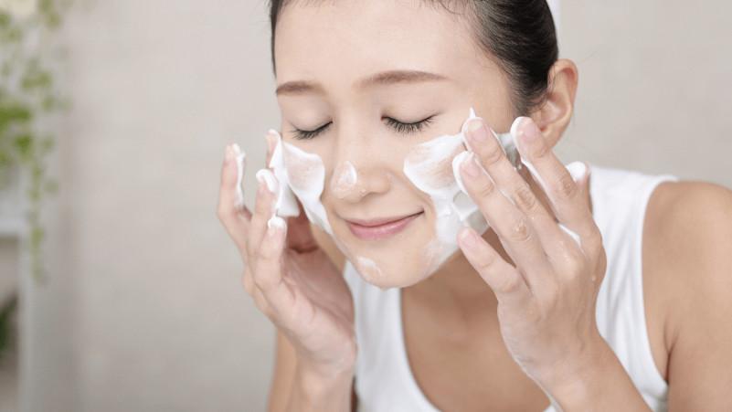 去角質能促進皮膚的角質代謝, 防止細菌滋生, 減輕壓力瘡爆發機會