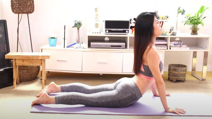 3招瑜珈動作即減雙下巴