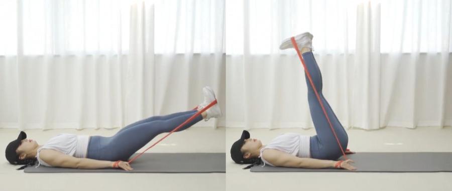 針對肚腩肥胖紋動作1. 仰臥抬腿